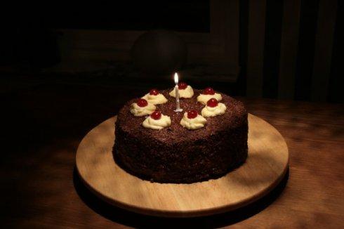 Tårtan från spelet Portal. Receptet finns att hitta i spelet, men också om du klickar på bilden